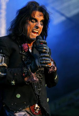 Vertical Alice Cooper