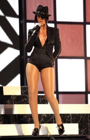Vertical Rihanna