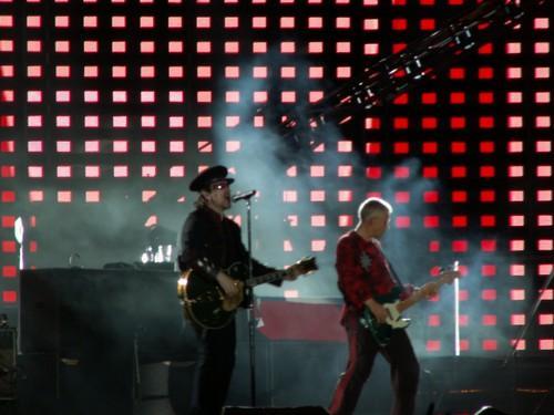 Horizontal U2
